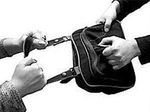 Приморские милиционеры по горячим следам раскрыли два грабежа