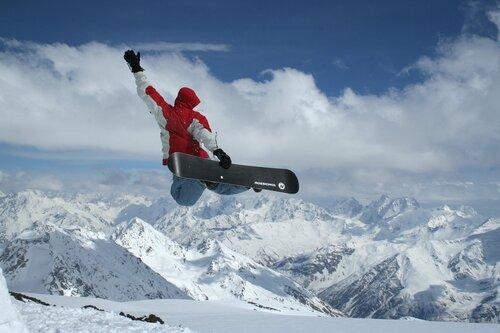прыжок на Эльбрусе