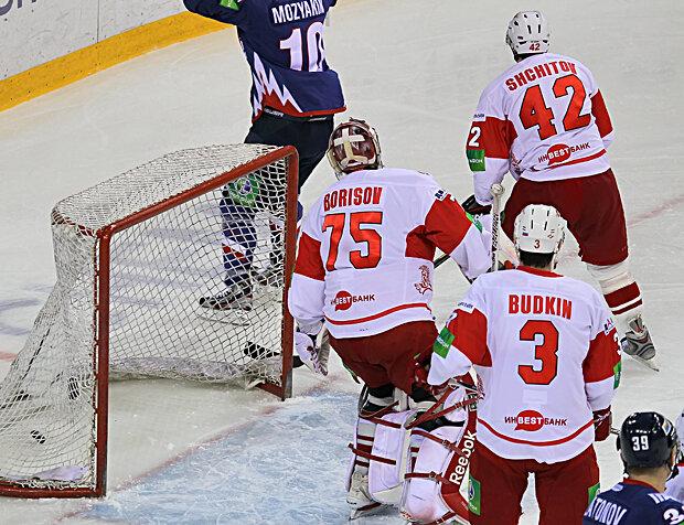«Металлург» Мг vs «Спартак» 7:4 чемпионат КХЛ 2012-2013 (Фото)