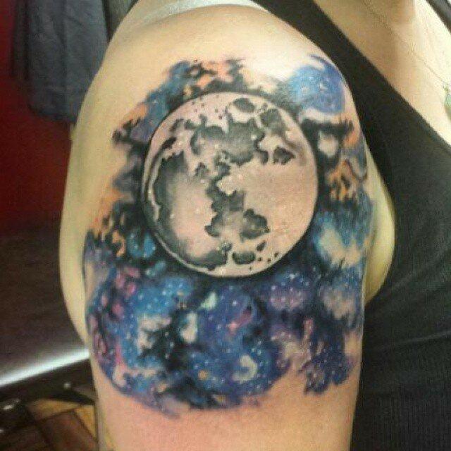 космические-татуировки-фото13.jpg