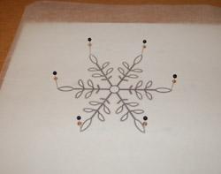 Снежинка из ниток