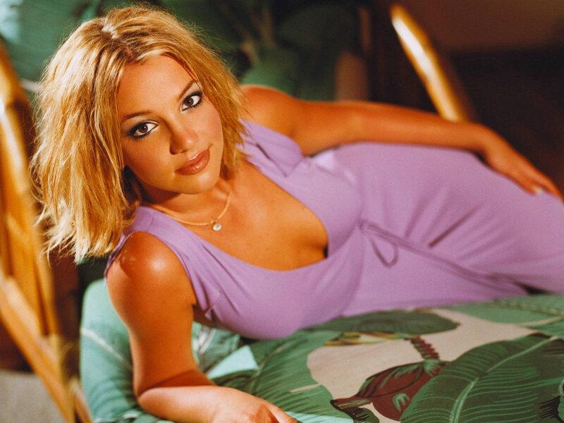 Britney (92) .jpg