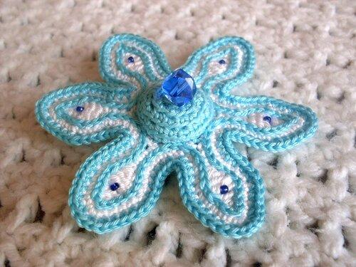 Резиночки для волос: цветок, вязание крючком