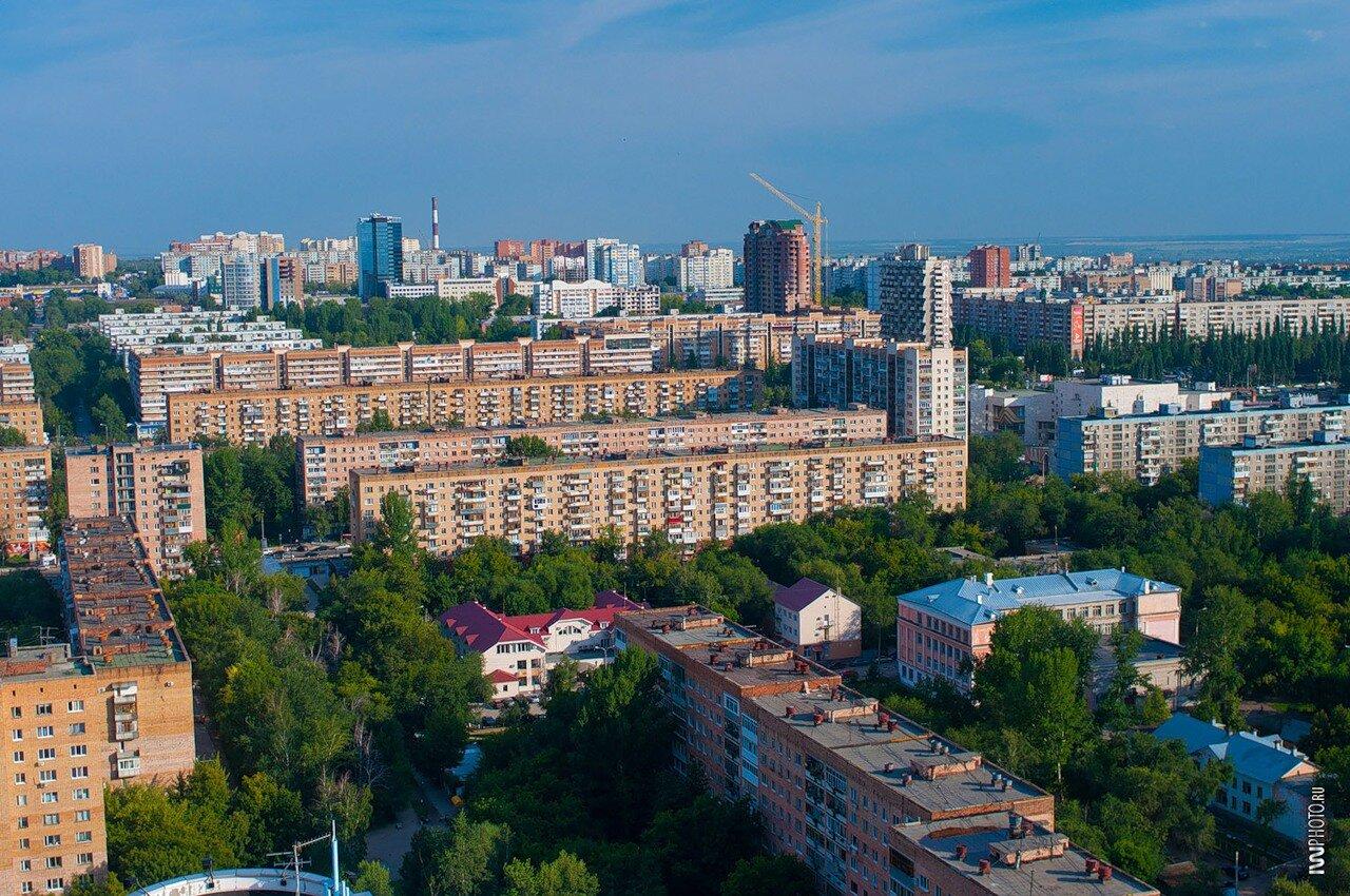 Самара, Ленинский район, вид  с ЖКХ Ладья