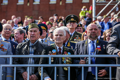 2015 Moscow Victory Day Parade: - Page 16 0_22b862_c6964f5_L
