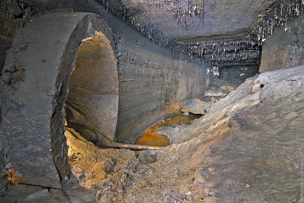 Бетонный заброшенный тоннель
