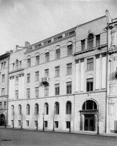 Внешний вид здания страхового товарищества Саламандра (Гороховая ул., д.6).