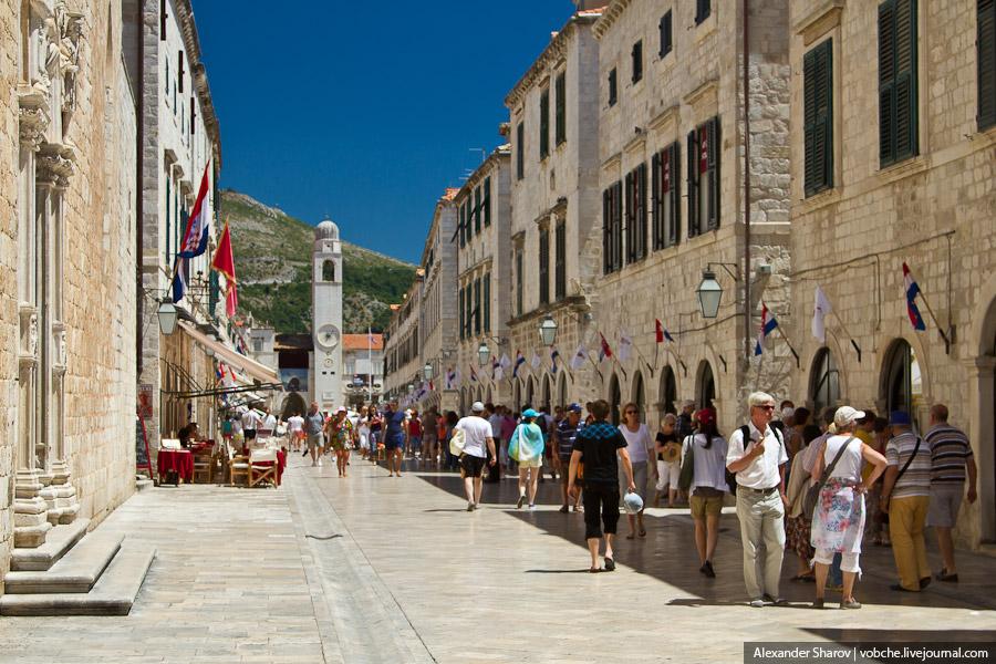 Дубровник. Старый город с городских стен.