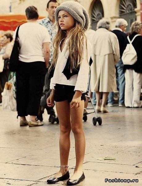 Французская девочка красива, как и все 10-летние девочки, но все же...