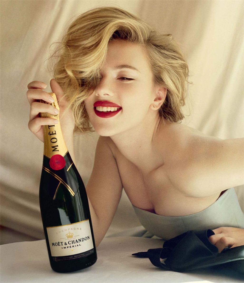 Скарлетт Йоханссон / Scarlett Johansson by Tim Walker for Moet-Chandon 2011