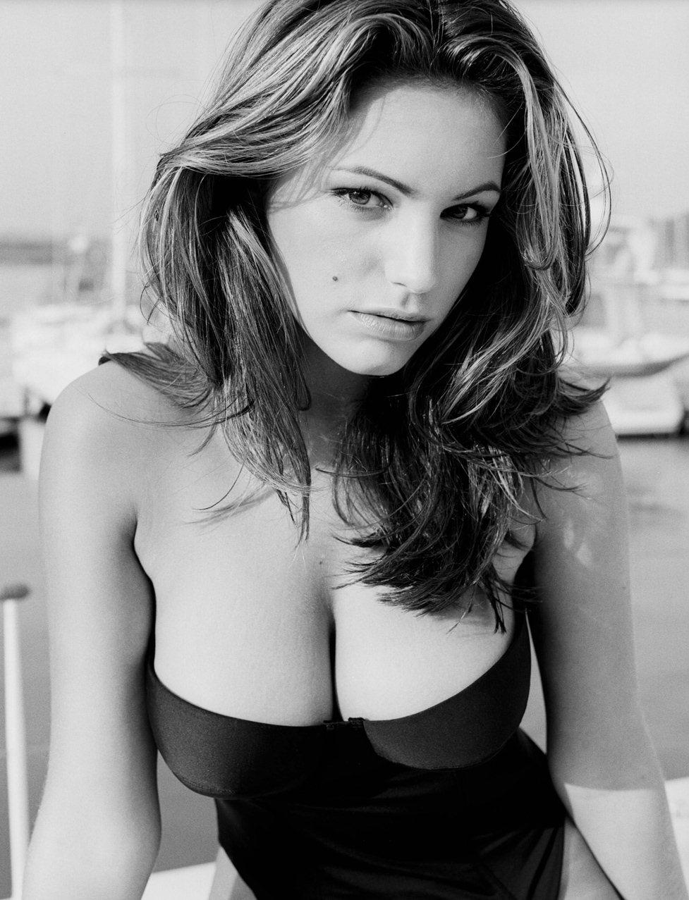 модель Келли Брук / Kelly Brook, фотограф Steve Perry