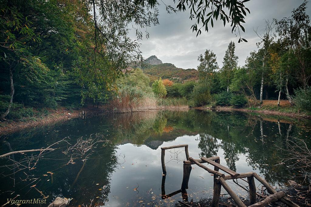 холодное озеро в Демерджи
