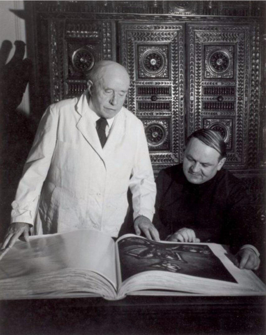 1954. Морис Морель с сыном