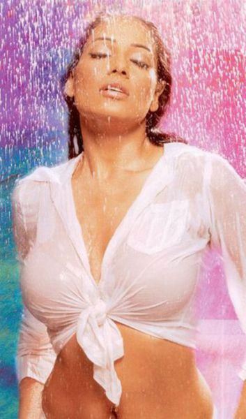 the_sexiest_actresses_640_15