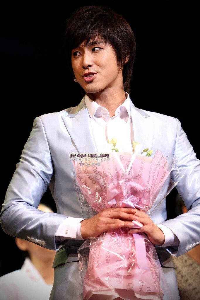 Yunho – Musical Goong Performance 2010г part 1 0_422f9_63880064_XXL
