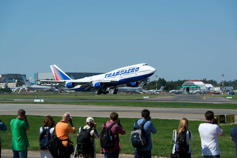 Boeing 747-412 (EI-XLL) Трансаэро D809444