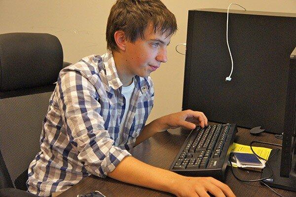 Сергей Клепиков, видео-редактор, в Твиттере @klepsergey