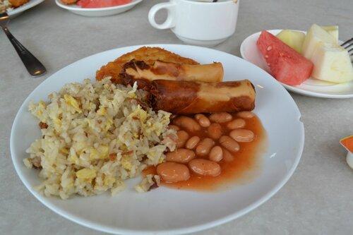 Завтрак в отеле. Остров Пенанг.