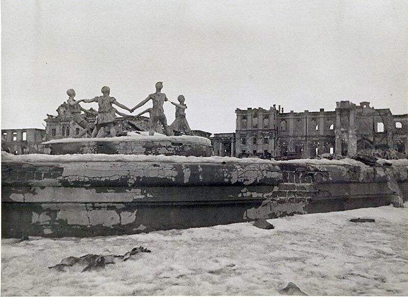 Фото С.Н. Струнникова: Вокзальная площадь.