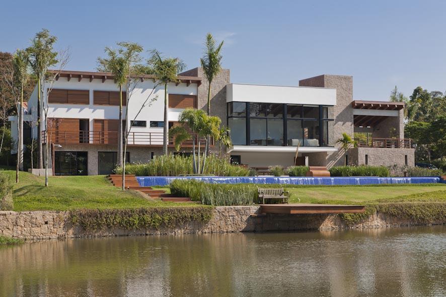 Itu House от Maristela Faccioli Architecture в Сан-Паулу
