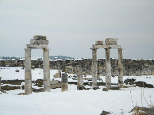 Хиераполис - церковь с колоннами (Памуккале)