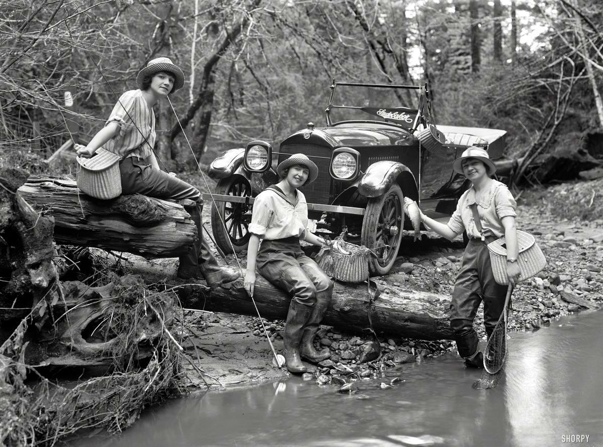 Автомобили и девушки начала 20-го века на снимках американских фотографов (12)