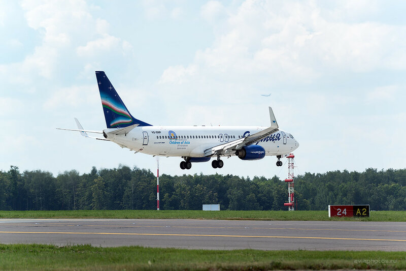 Boeing 737-86N (VQ-BMP) Якутия 0390_D804456