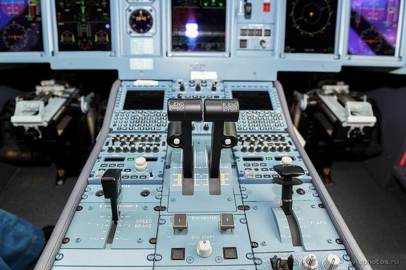 Сухой Superjet 100-95LR (RA-89067) МЧС D807537