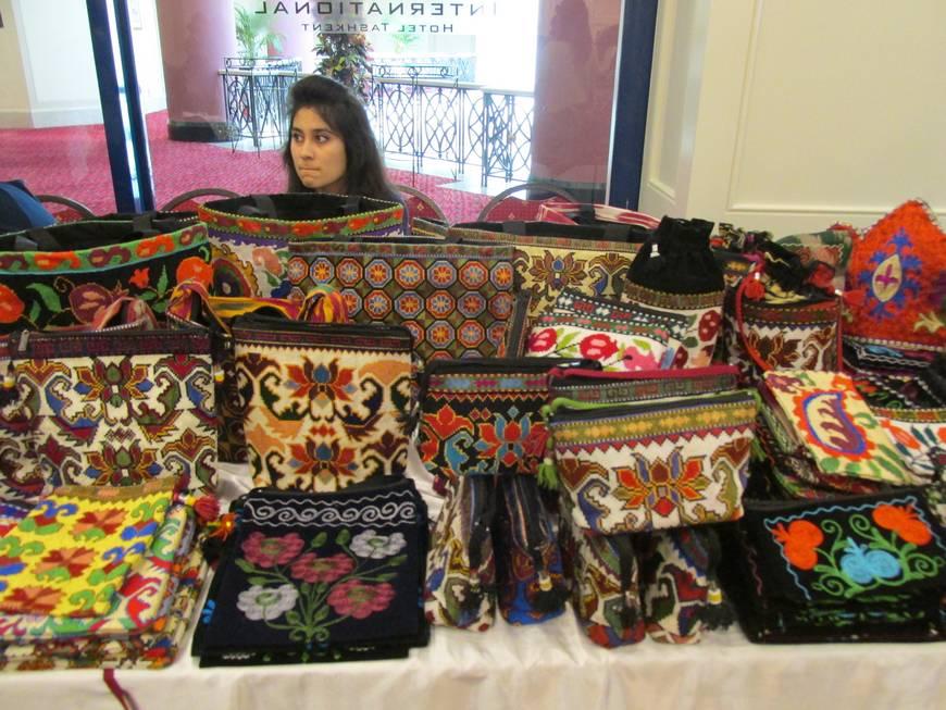 выставка hand-made в Ташкенте (9).JPG