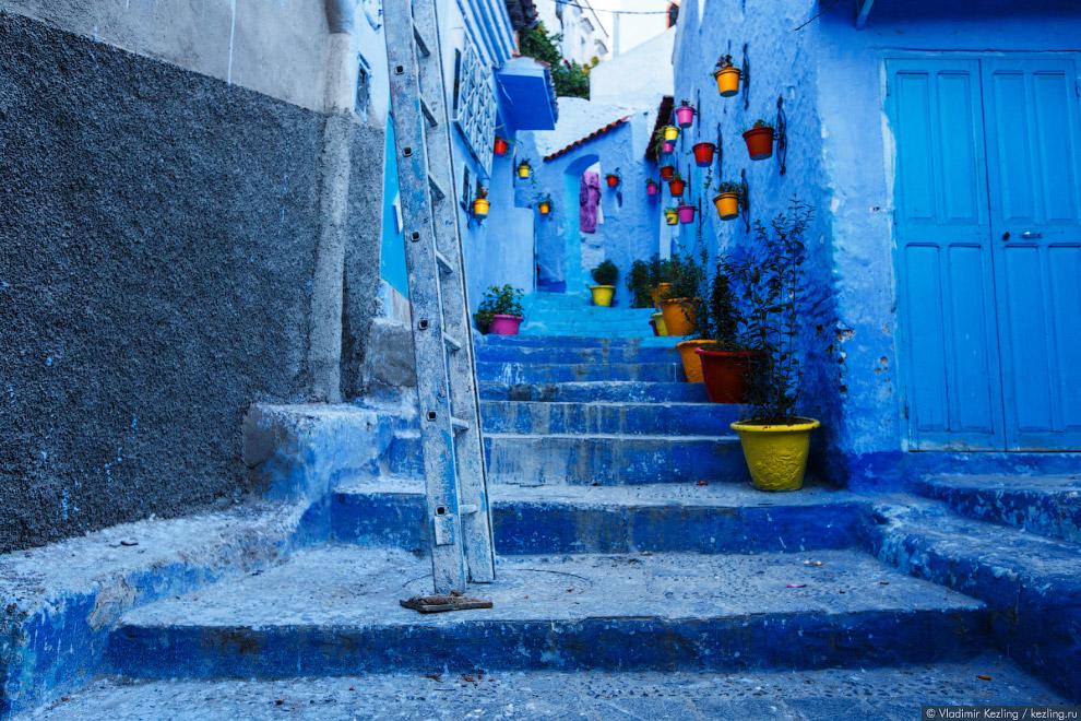 19. Единственное место в медине, не окрашенное в традиционный синий цвет — старая касба.