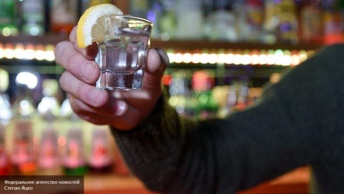 Водка будет стоить 100 руб. забутылку. руководство собирается споить граждан России