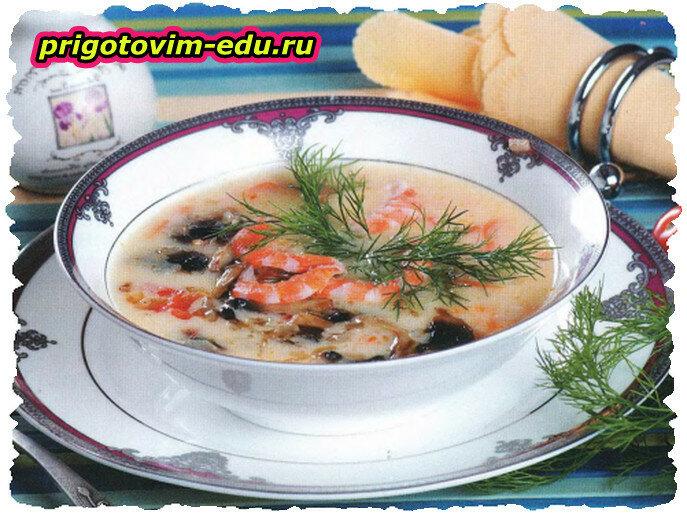 Картофельный суп-пюре с грибами и креветками