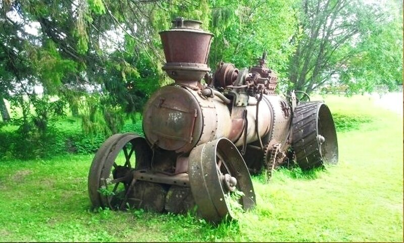 Паровой трактор, Российская Империя, 1839 год. Трактор этот находится в Луганской области..jpg