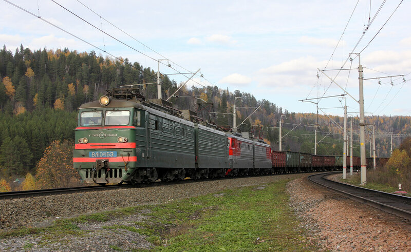 ВЛ10У-153 на перегоне Симская - Биянка