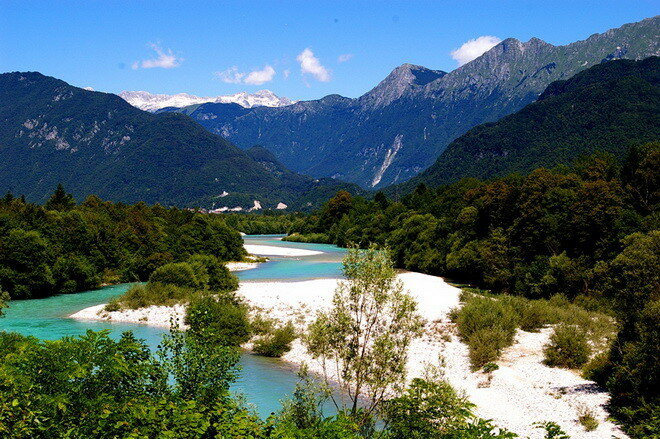 Река Соча. Словения и Италия