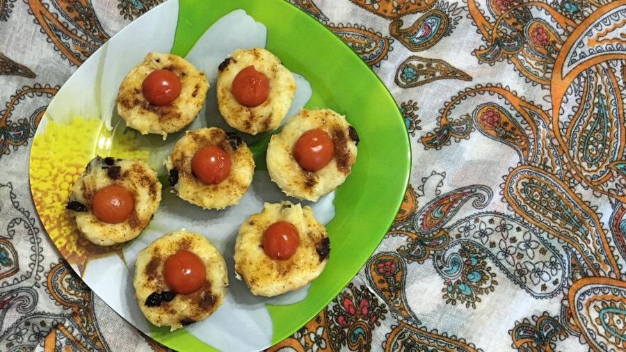 Маффины с томатами и сыром