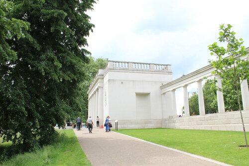 Мемориал погибшим лётчикам-бомбардировщикам