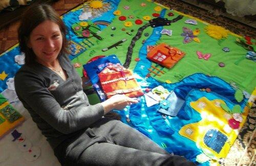 Большой игровой развивающий коврик Волшебная Страна Семьландия и я, Елена Бикбаева
