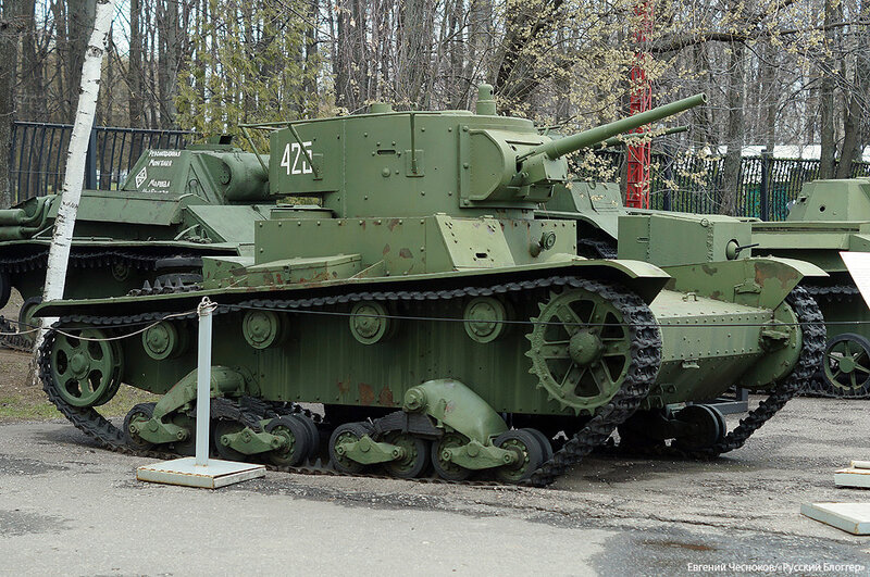 13а. Музей ВОВ. 21.04.15.72.танк Т-26 1933-1938..jpg