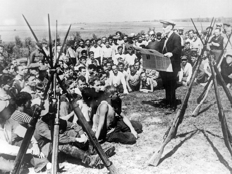 Ополченцы. Политчас. 1941 г.jpg