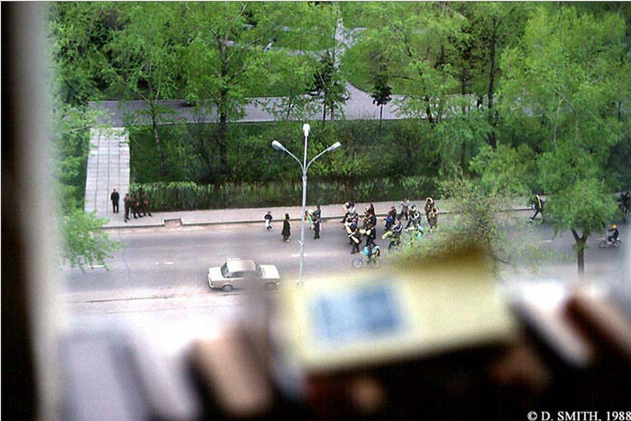 Вид из окна номера гостиницы «Интурист»