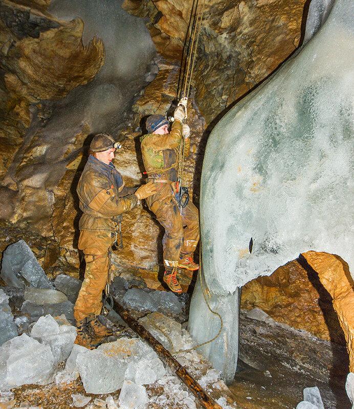 Пещера Женевская, Сибирь