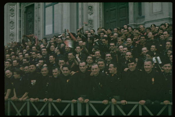 Italian fascists in crowd during Hitler'