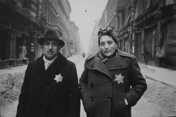 Евгений Халдей. Вена, гетто, 1945.jpg