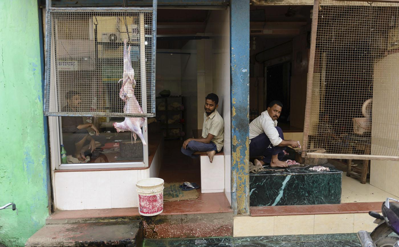 Фото 22. И я еще говорил, что в Индии нечем питаться? Прогулка по Варанаси с фотоаппаратом. 1/320, 2.8, 250, 24.