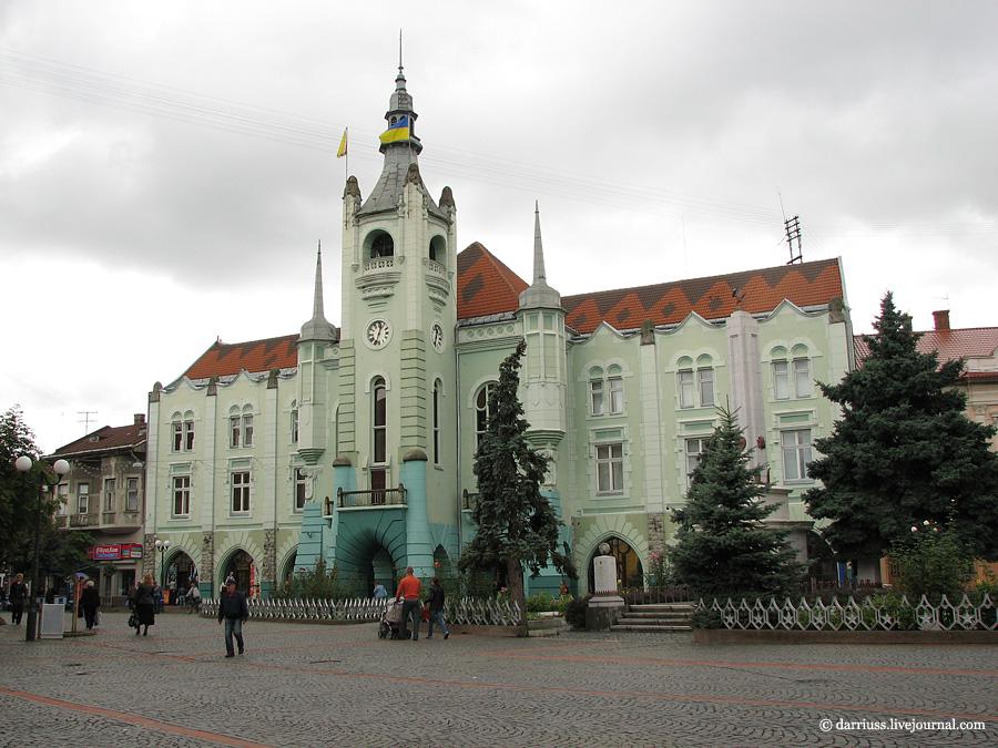 Мукачево: ратуша в 2011