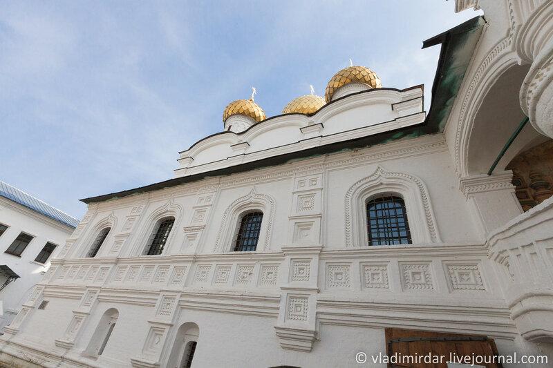 Северная галерея Троицкого собора. Ипатьевский монастырь. Кострома.