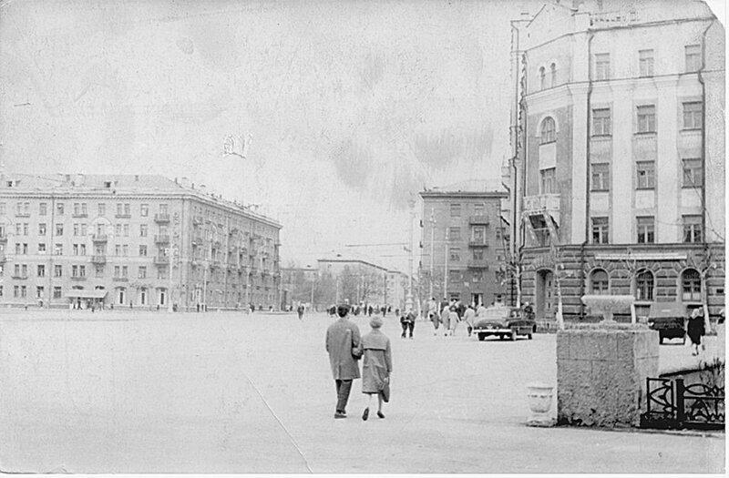 Комсомольская площадь Пермь.jpg