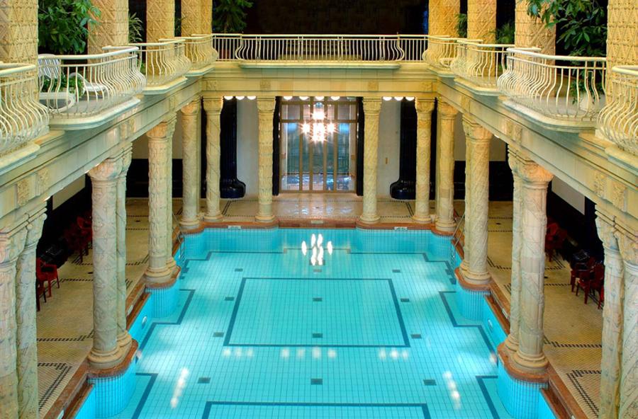 Будапешт славится своими купальнями