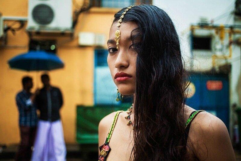 Михаэла Норок, «Атлас красоты»: 155 фотографий красивых женщин из 37 стран мира 0 1c6222 89e486d XL